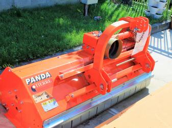 Шредер марка Tierre модел PANDA 160  Модел за трева и клони до диаметър 4-6 см.